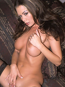 Sexy Brunette Spreads Her Pussy