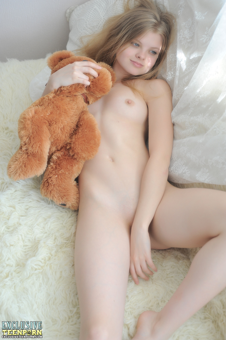 Your idea teen girl holding breasts useful