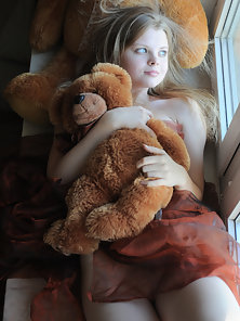 Teen Blonde Holding Teddy Shows Her Fresh Pussy and Small Boobs