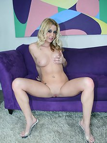 Teen blondy Holly Morgan riding the big pole like a champ