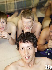 College boys fucking each other!