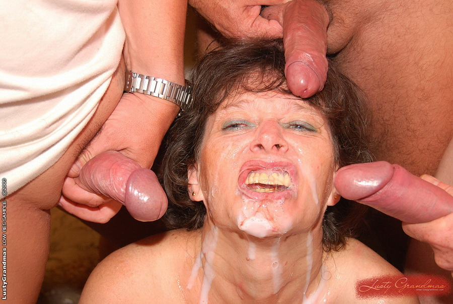 Can obtained mouthful of cum in gangbang
