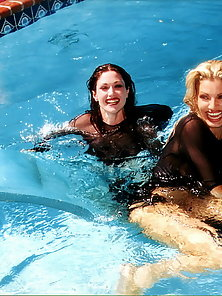 Aimee Sweet and her girlfriend getting nasty in the pool