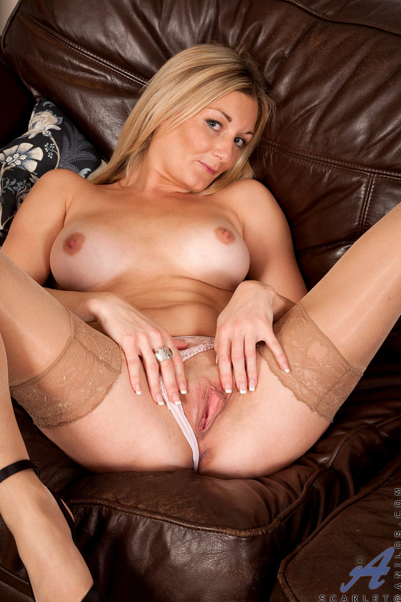 Cougar pussy movies mature blond frankly, you