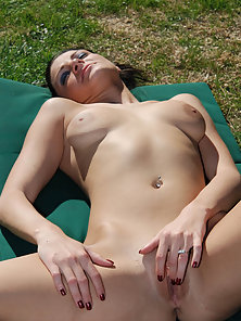Sexy Latina is picked up in a park and fucked outdoors