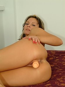 Sizzling Amateur Playing with 8-inch Dildo