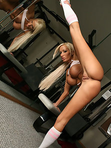 Limber girl gets a hard cock work-out in gym
