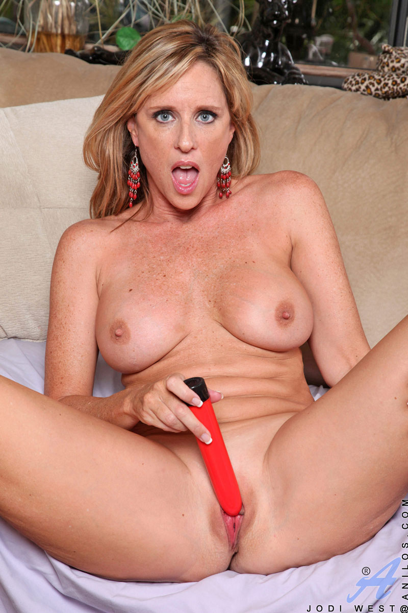 milf with vibrater
