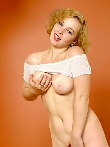 Blonde teen naked for first time