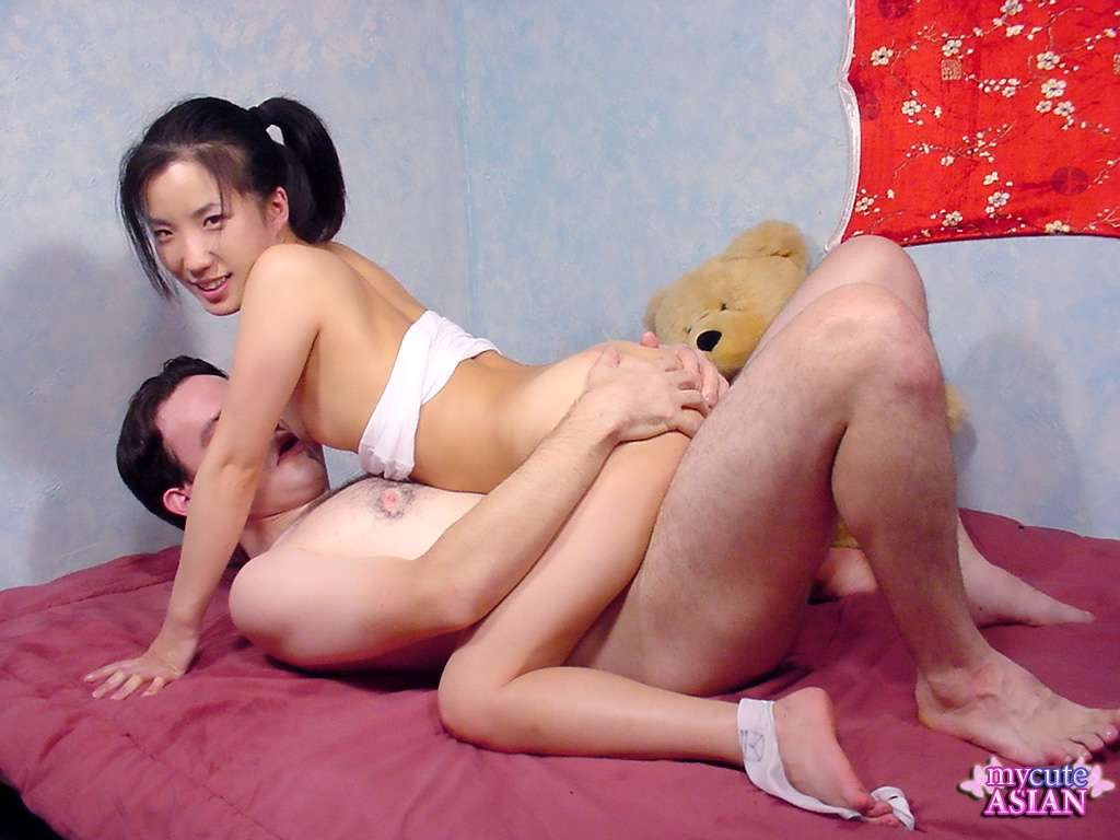 A very wet japanese face licking amp tongue kiss 10
