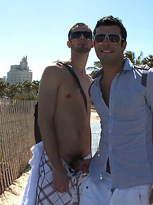 Horny guys fucking in public in south beach