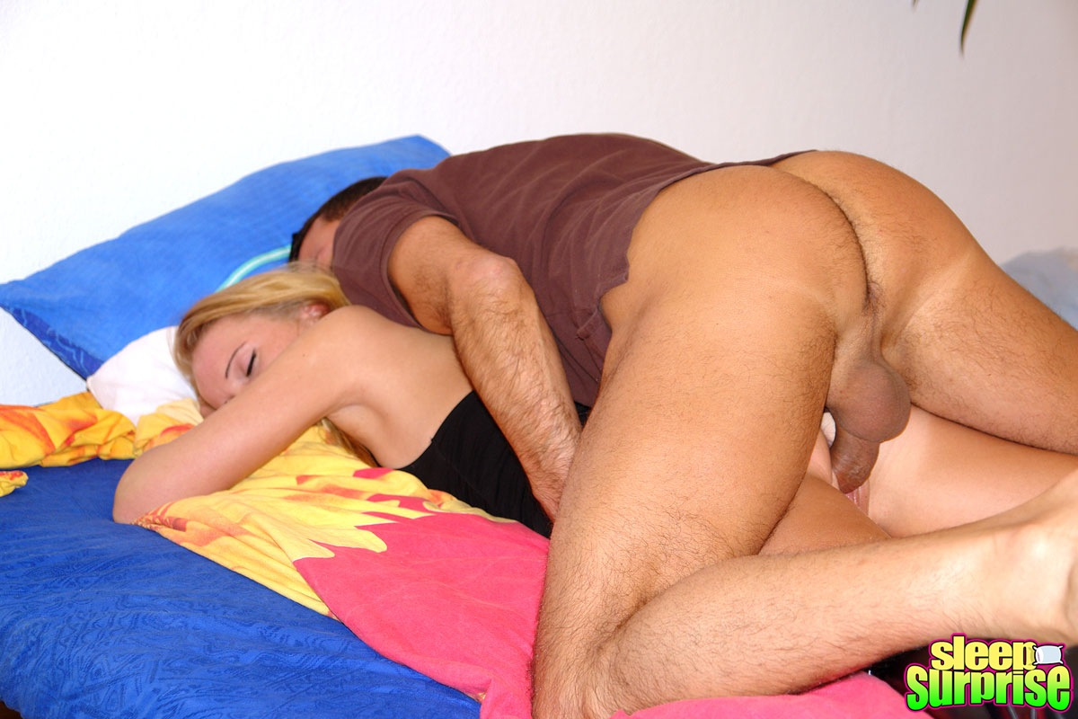 Tiny Blonde Gets Fucked While Sleeping In Her Own Bedroom -9499