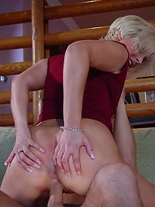 Horny Blonde Chick Bangs Her Tight Asshole by Big Cock