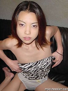Japanese opens her legs and shows her hole