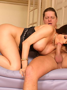 Big Breasted Lady Sheila Marie Gives Hot Blowjob and Gets Anal Fuck