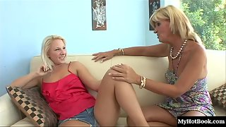 Blonde Kimmy Olsen and Crystal Jewels Enjoy Great Lesbian Act Each Other